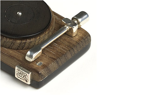 Wooden Turntable Pendant